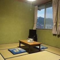 *海側または山手側の和室客室をご用意します