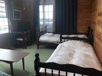 1階ツインベッドルームC