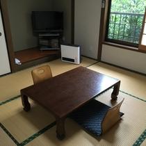2F 和室(8畳+4.5畳)(一例)