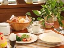 爽やかな信州の風吹く朝食