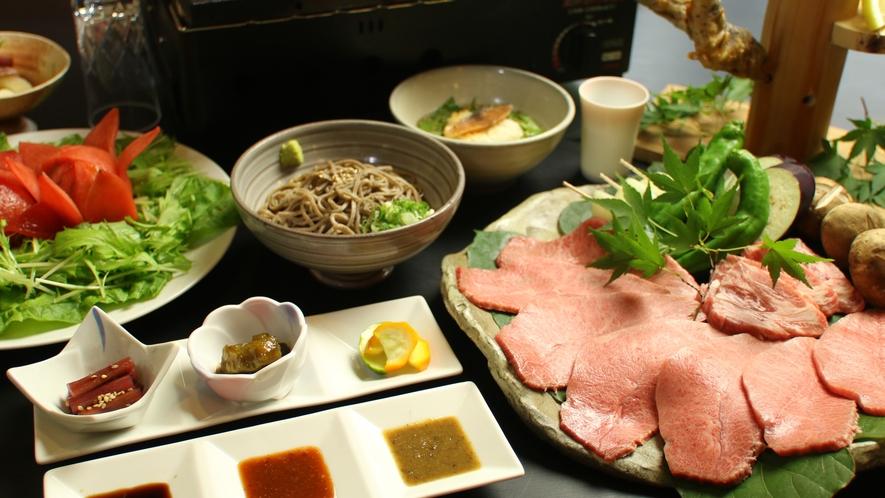 溶岩プレートで焼いたお肉は格別の美味しさです