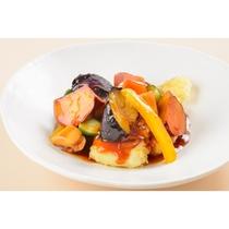 真鱈とカラフル野菜の黒酢あんかけ