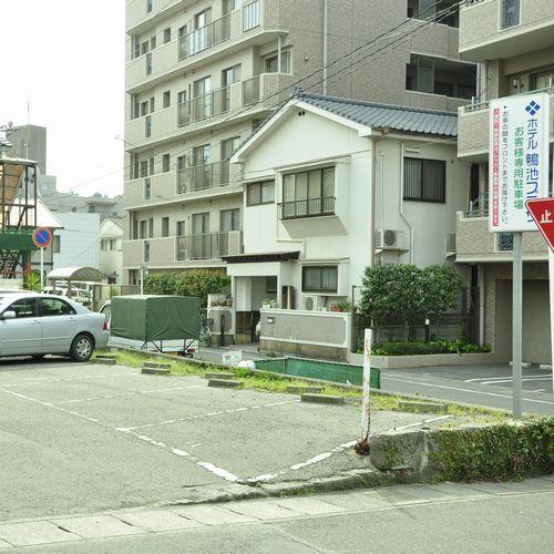駐車場B(8台 ※軽専用含む)
