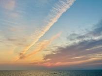 お部屋からの夕日です♪小浜温泉は海に沈むきれいな夕日で有名です♪お部屋からひとりじめできちゃいます♪