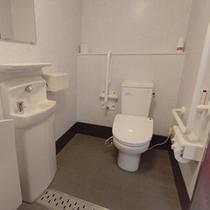 館内には多機能トイレもご用意しております!
