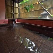 女性用の大浴場