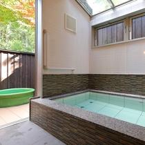 【和水の湯(内風呂)】こぢんまりとしたモダンなお風呂。自分だけの空間でのんびりと♪