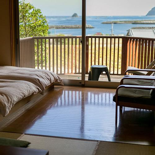 【海の見える高台別館の客室】  ◆海椿◆