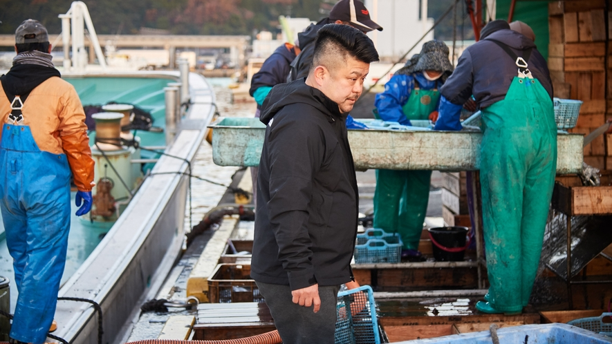 【北浦古江漁港】上物の魚を狙う目利きの主人