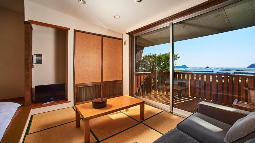 海の見える高台別館の客室・かもめ】隠れ家的で落ち着いた雰囲気のお部屋。