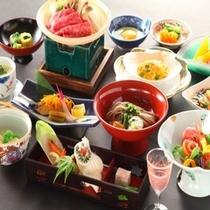信州牛をメインとした季節の味覚満載の会席料理(夕食一例)