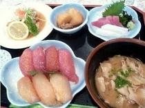 500円プラスで、ごはんが【大東寿司】に変更可能です♪
