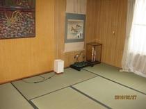 町屋(清水)2階の寝室・8畳の間