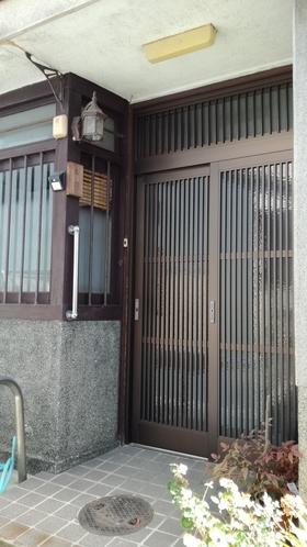 上野屋玄関