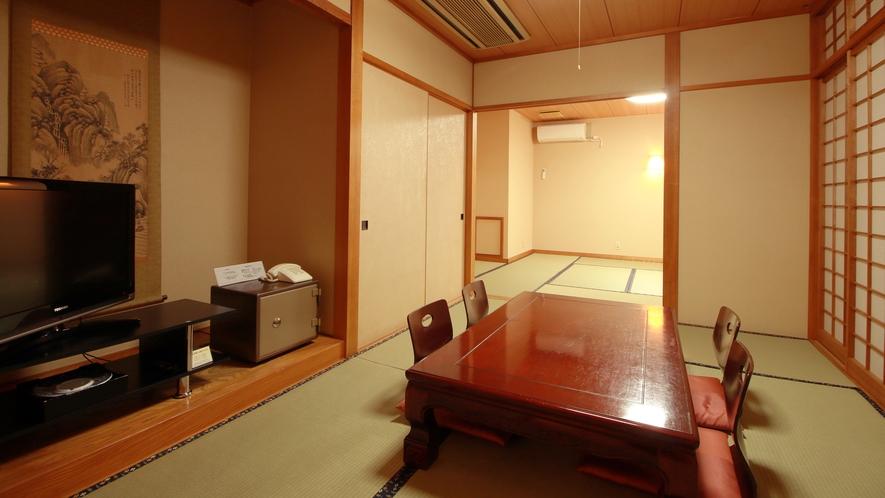 ■客室一例 和室9~14畳 全室バス・トイレ付き。加湿空気清浄機・テレビ・冷暖房も完備。