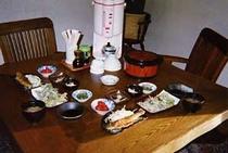 天然イワナからあげ・山菜天ぷら定食