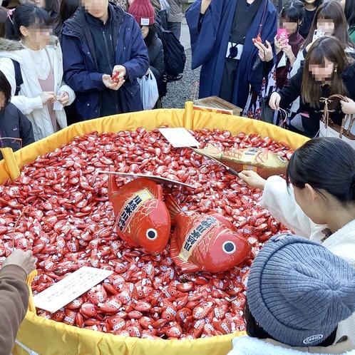 川越氷川神社「鯛みくじ」