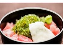 【朝食】/海鮮丼