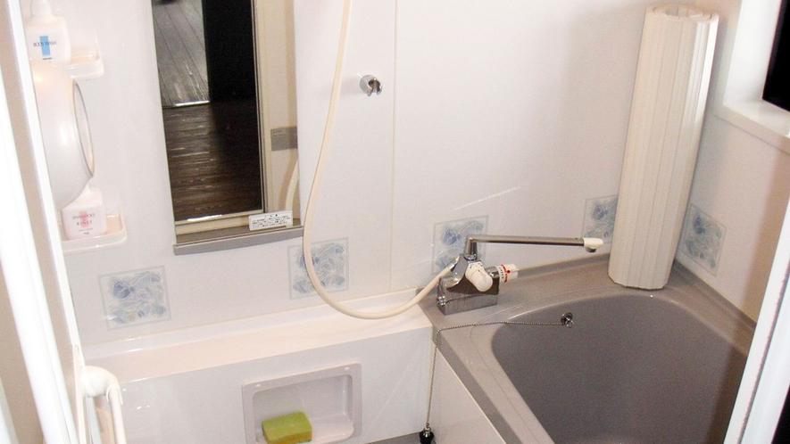 *【客室一例】古民家のバスルーム