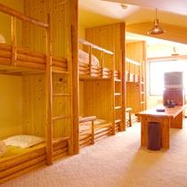 【ログルーム】ホテルなのにちょっぴりキャンプ気分も味わえる!?団体旅行にもおすすめです。