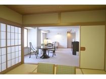 デラックスファミリースイート(126平米)/畳のお部屋は小さいお子様のいるファミリーに好評です