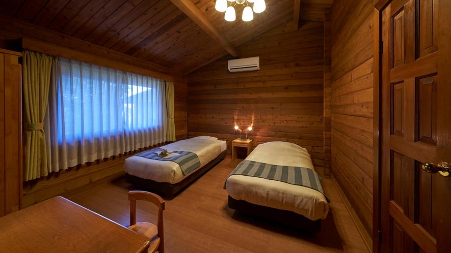 【ログコテージ】ベッドルーム
