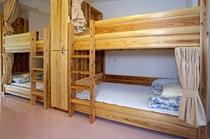 ドミトリー4人部屋