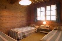 山小屋風の部屋