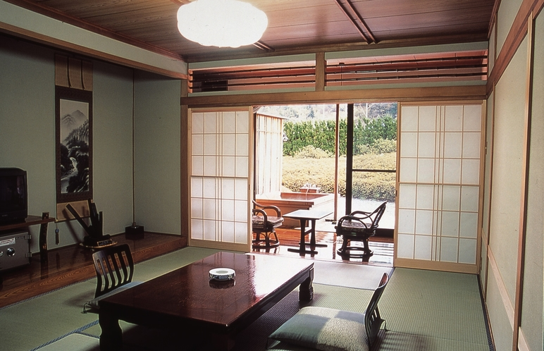 露天風呂付客室 2