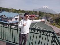 屋根の上の富士山カフェ(仮設中)