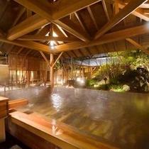 「ほたるの湯」ひのき露天風呂・夜