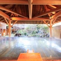ほたるの湯「ひのき露天風呂」2