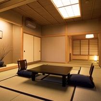 爽籟の間。和室14.5畳に加え、次の間4.5畳の広々としたお部屋。