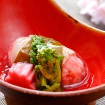 【2017春・雪花】蒸し物 甘鯛の桜蒸し 菜の花 桜麩