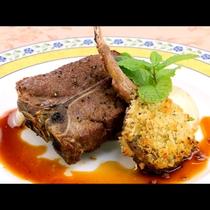 【夕食一例】ラム肉の香草パン粉焼き