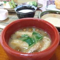 *【朝食②】手作りの和食を食べて、元気に出発!