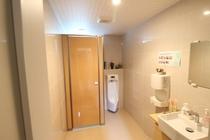 一階 男子トイレ