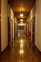 旅館棟廊下1