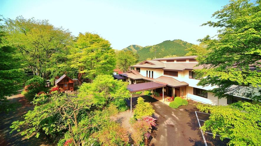 ゆったりを楽しみに。絶景鬼怒川にたたずむ、全6室だけの隠れ宿