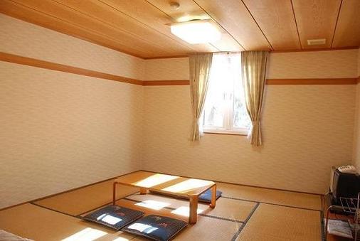畳でゴロゴロ のんびり和室