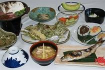 春の料理イメージ 一例 (鍋料理は オプションです)