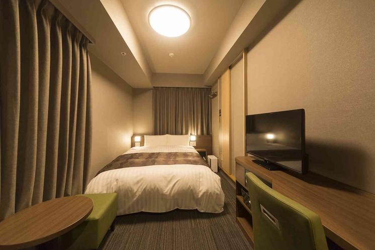 ◆ダブルルーム(デスクタイプ) 14平米 ベッド幅:140×195センチ