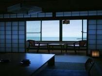 お部屋から海を望む(客室一例)