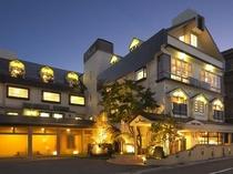 ホテル 夕景