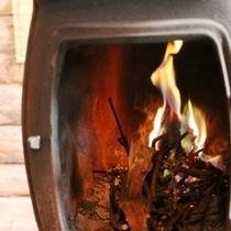 施設_暖炉