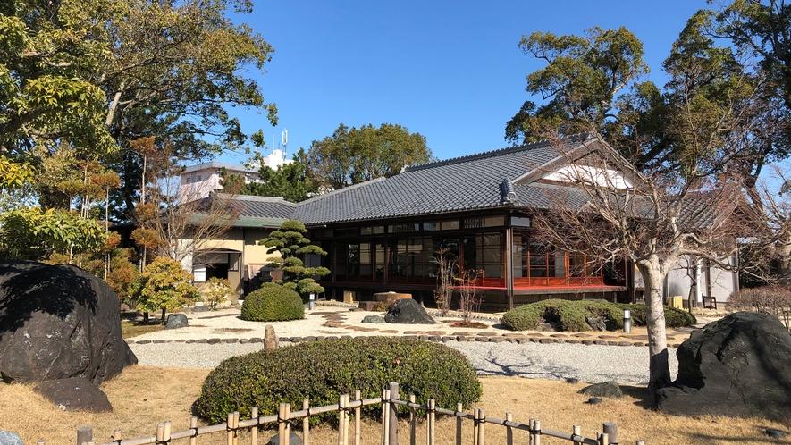 ◆西尾城(旧近衛邸) 書院と茶室からなる数寄屋造りの建物です。