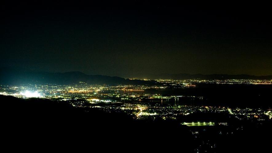 ◆【眺望】眼下には三河湾の眺望と夜には街の輝く夜景が広がります。