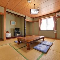 *和室8畳(客室一例)/畳の香りがほのかに薫るお部屋で団欒のひと時をお過ごしください。