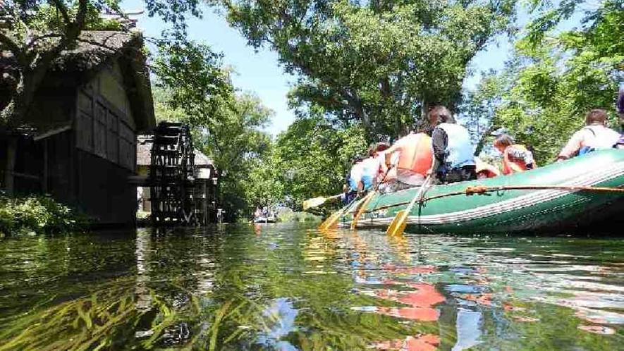 *【クリアボート】目の前にみる清らかな水の美しさに感動!(一例)