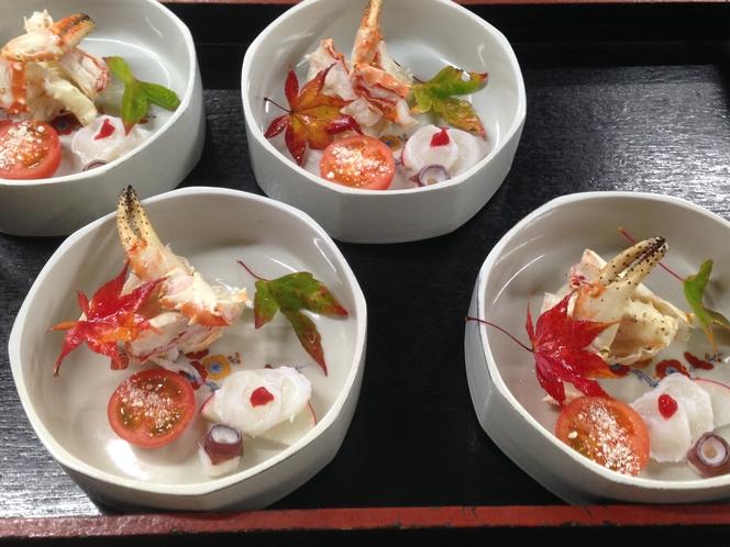 タラバ蟹と活け蛸梅肉